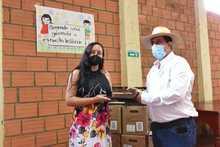 Entrega computadores Pueblo Rico